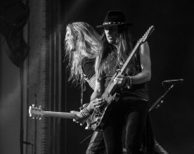 Reb Beach and Joel Hoekstra of Whitesnake