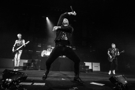 Shinedown performing at the Arvest Bank Theatre at The Midland on May 22, 2019.