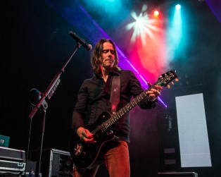 Myles Kennedy, vocalist of Alter Bridge