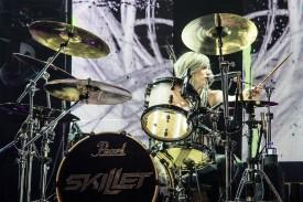 Jen Ledger, drumer of Skillet