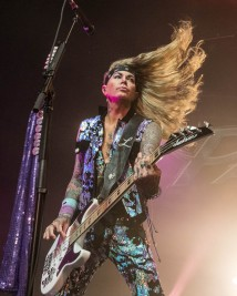 Lexxi Foxx, bass guitarist of Steel Panther